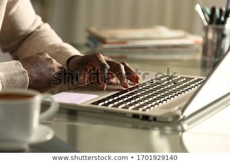 Tinédzser touchpad kép boldog néz kamera Stock fotó © pressmaster