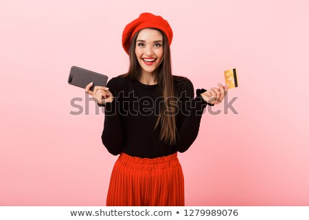 Retrato sorridente mulher jovem boina em pé Foto stock © deandrobot