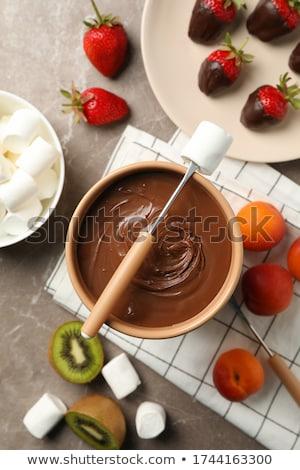 Tatlı çikolata meyve yaz tatlı çilek Stok fotoğraf © furmanphoto