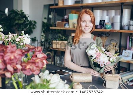 幸せ 花屋 独自の ショップ 魅力的な 赤毛 ストックフォト © pressmaster