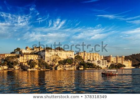 Stad paleis meer Indië luxe Stockfoto © dmitry_rukhlenko