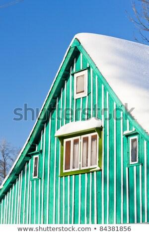 bois · chalet · montagnes · hiver · paysage · faible - photo stock © phbcz
