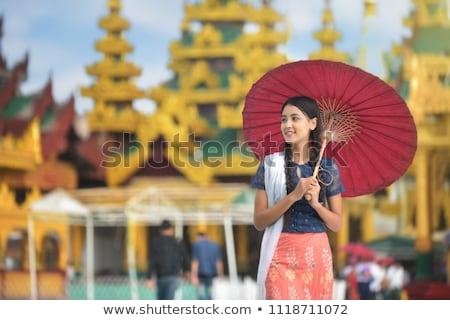 Mianmar menina retrato terreno casca usado Foto stock © szefei