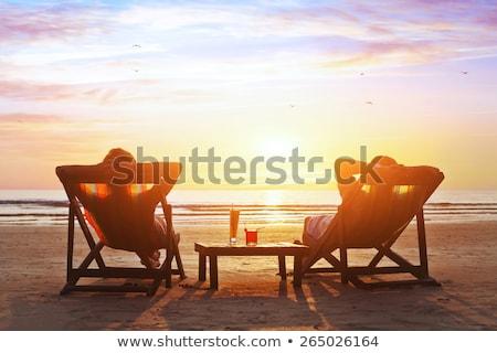 Stock fotó: Nő · turista · nyári · vakáció · iszik · koktél · naplemente