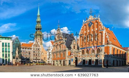 Riga belediye binası kare heykel Letonya şehir Stok fotoğraf © borisb17