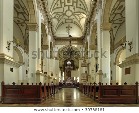 Kathedraal kerk verrijzenis gebouw stad kruis Stockfoto © artlens