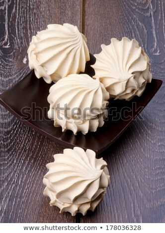 Guimauve crème délicieux brun plaque isolé Photo stock © zhekos