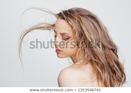 Gyönyörű fiatal nő stílusos fülbevalók fiatal hölgy Stock fotó © majdansky