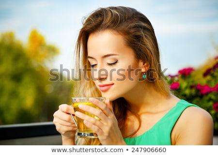 Foto stock: Mulher · jovem · potável · chá · café · mulher · compras