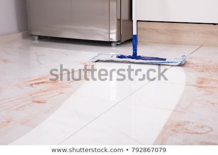 Temizlik mutfak zemin vakum genç Stok fotoğraf © AndreyPopov