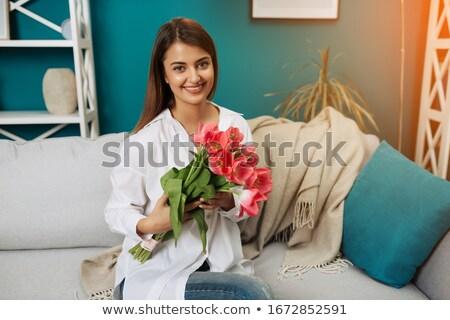 retrato · jovem · bela · mulher · tulipas · buquê - foto stock © boggy