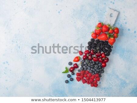 клубники · белый · группа · красный · Салат - Сток-фото © denismart