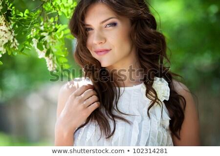 довольно девушки Полевые цветы подлинный портрет Сток-фото © Anna_Om