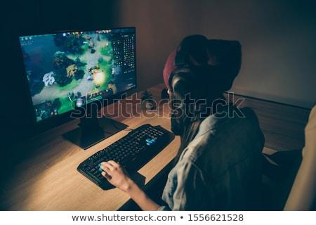 Gençler video oyunları kızlar zaman ücretsiz oyun Stok fotoğraf © photography33