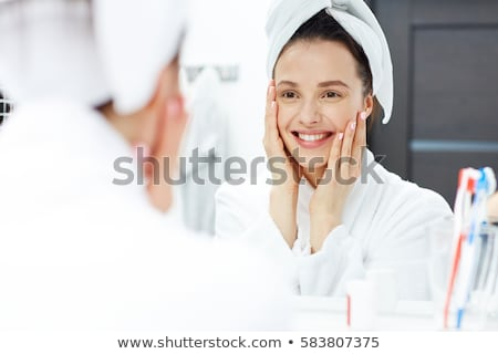 女性 · バス · 女性 · 幸せ · 髪 · 肖像 - ストックフォト © photography33