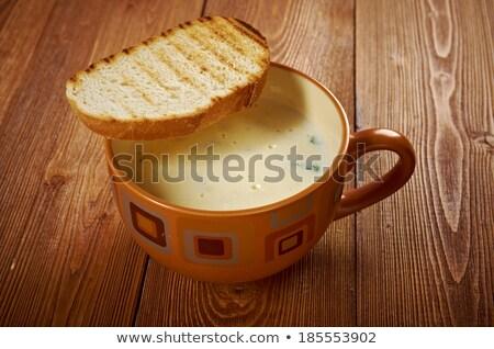 italienisch knoblauch suppe ger stetes geschnitten brot stock foto mychko. Black Bedroom Furniture Sets. Home Design Ideas