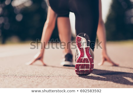 vonal · atléta · sáv · öt · kész · cipők - stock fotó © songbird