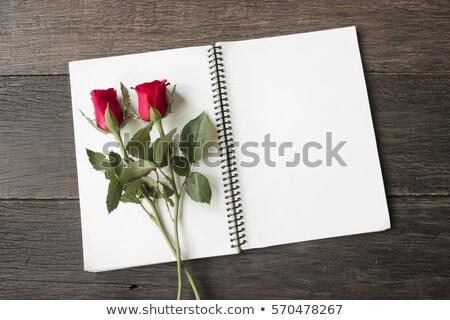 букет · красные · розы · любви · символ · кровать · соломы - Сток-фото © user_8545756
