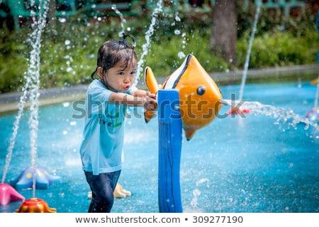 moment · plezier · afbeelding · mooie · meisje - stockfoto © szefei