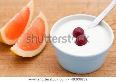 due · rosa · pompelmo · fresche · yogurt · uve - foto d'archivio © raphotos