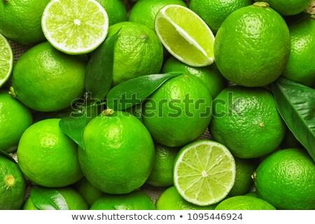 rijp · groene · kalk · geïsoleerd · witte · vruchten - stockfoto © sarahdoow