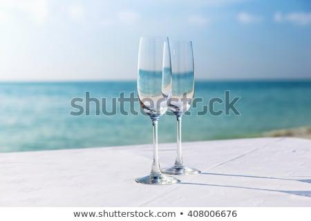 dos · gafas · champán · presente · rojo · espejo - foto stock © capturelight