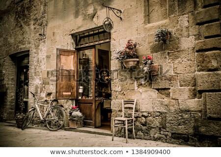 ストックフォト: 古い · イタリア語 · 自転車 · 赤 · 日光 · 古代
