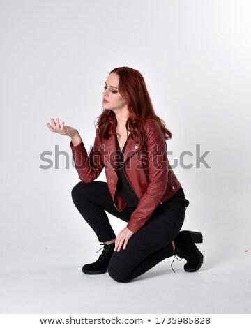 Térdel nő gesztikulál kezek munkás félelem Stock fotó © photography33