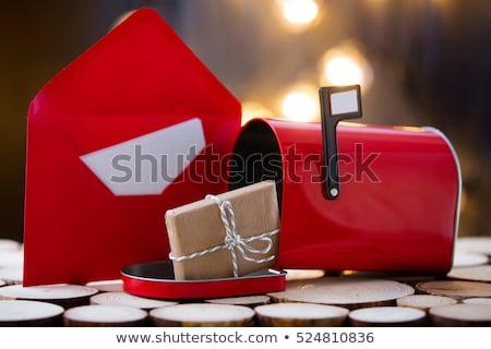fekete · klasszikus · posta · doboz · rozsdás · piros - stock fotó © simply