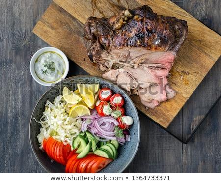cuspir · cordeiro · tradicional · ao · ar · livre · preparação · de · alimentos - foto stock © suljo
