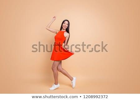 de · moda · hermosa · morena · manos · cintura · nina - foto stock © stockyimages