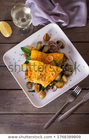 フィレット · ハム · 野菜 · ソース · ディナー · 食べる - ストックフォト © klinker