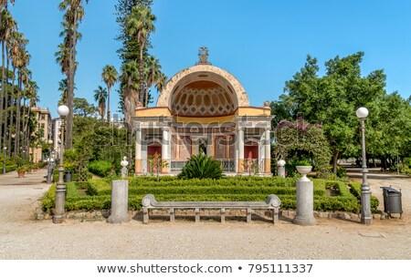 Fontana botanico giardino sicilia Italia albero Foto d'archivio © ankarb