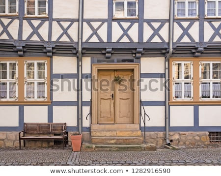 Fasada domu miasta Niemcy kwiaty drewna Zdjęcia stock © haraldmuc