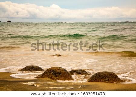 spiaggia · nuvoloso · giorno · cielo · completo · grigio - foto d'archivio © is2