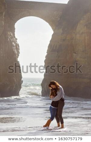 愛する 母親 娘 立って 裸足 ストックフォト © amok