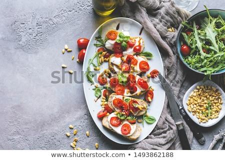 Italiano bruschetta tomates manjericão Foto stock © Alex9500