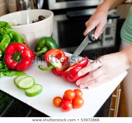 довольно · брюнетка · здорового · Салат · домой · кухне - Сток-фото © photography33