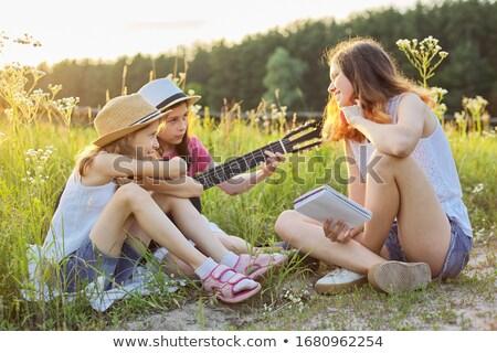 Três músico ao ar livre mulher música Foto stock © photography33
