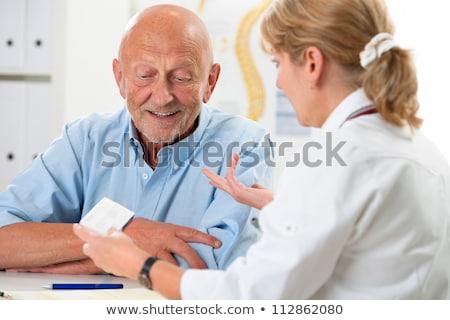 reife krankenschwester