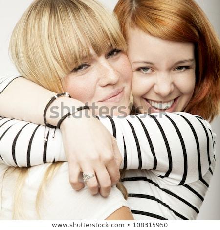 赤 ブロンド 女の子 笑い 抱擁 友達 ストックフォト © sebastiangauert