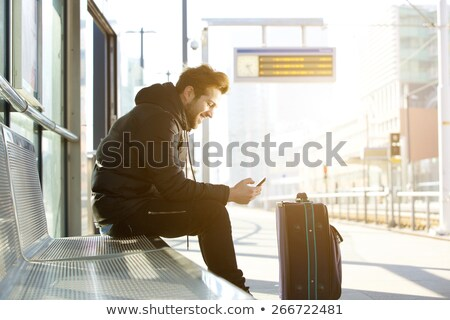 Jeune homme gare Europe souriant transport bagages Photo stock © IS2