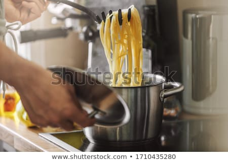 Сток-фото: Cooking spaghetti