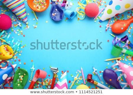 Vermelho festa de aniversário boné confete festa Foto stock © dolgachov