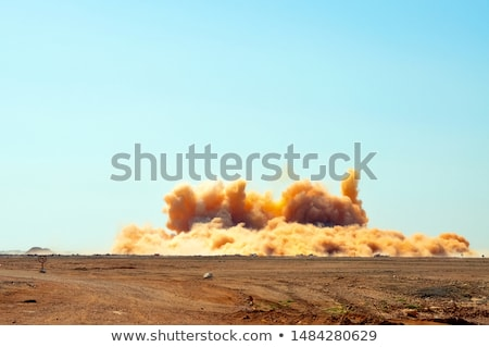 explosivo · isolado · branco · 3d · render · preto · poder - foto stock © graphit
