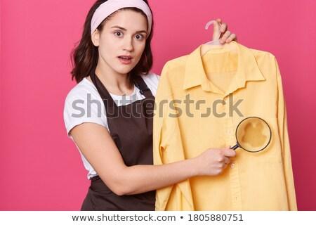 若い女性 · 見える · 着色した · シャツ · 白 - ストックフォト © wavebreak_media