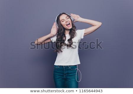 Dromerig muziek prachtig jonge brunette Stockfoto © lithian