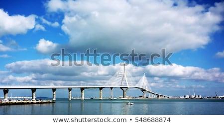 La ponte edifício azul viajar linha do horizonte Foto stock © benkrut