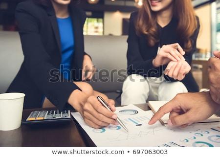 営業会議 · カフェ · 小さな · ビジネスマン · 女性実業家 · 会議 - ストックフォト © pressmaster