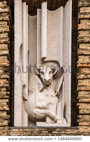 katholiek · kerk · Italië · Rood · baksteen - stockfoto © boggy